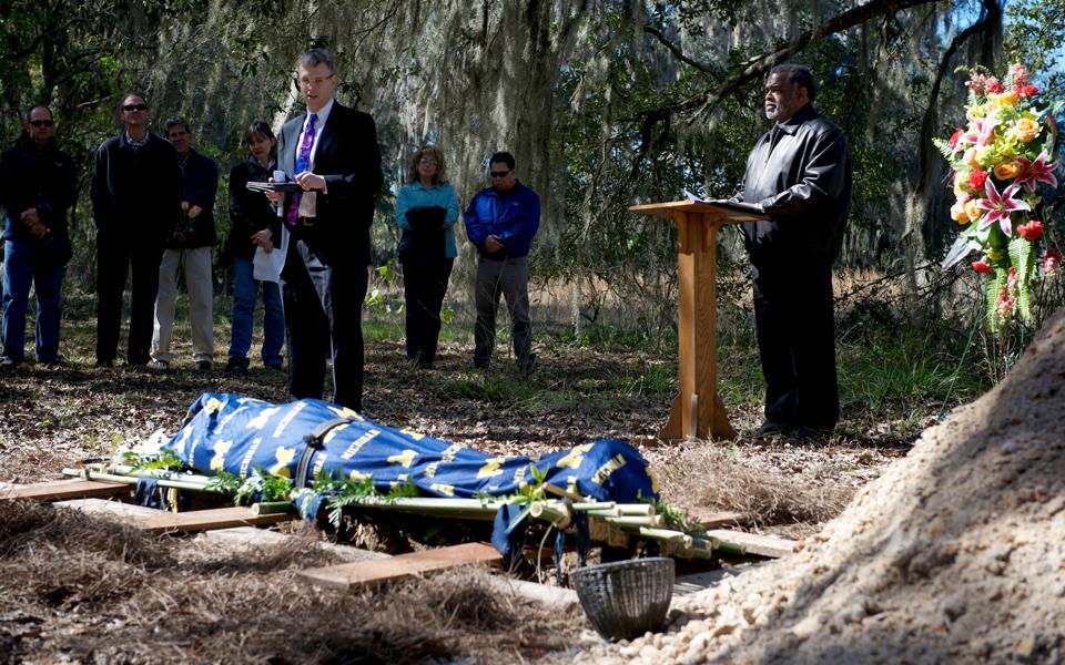 P-prairie-creek-burial