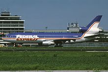 220px-McDonnell_Douglas_MD-10-30(F)_Federal_Express_(FedEx)_N306FE,_AMS_Amsterdam_(Schiphol),_Netherlands_PP1262199607
