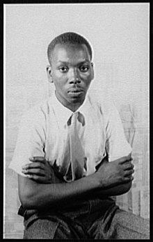 220px-Portrait_of_Jacob_Lawrence_LCCN2004663191