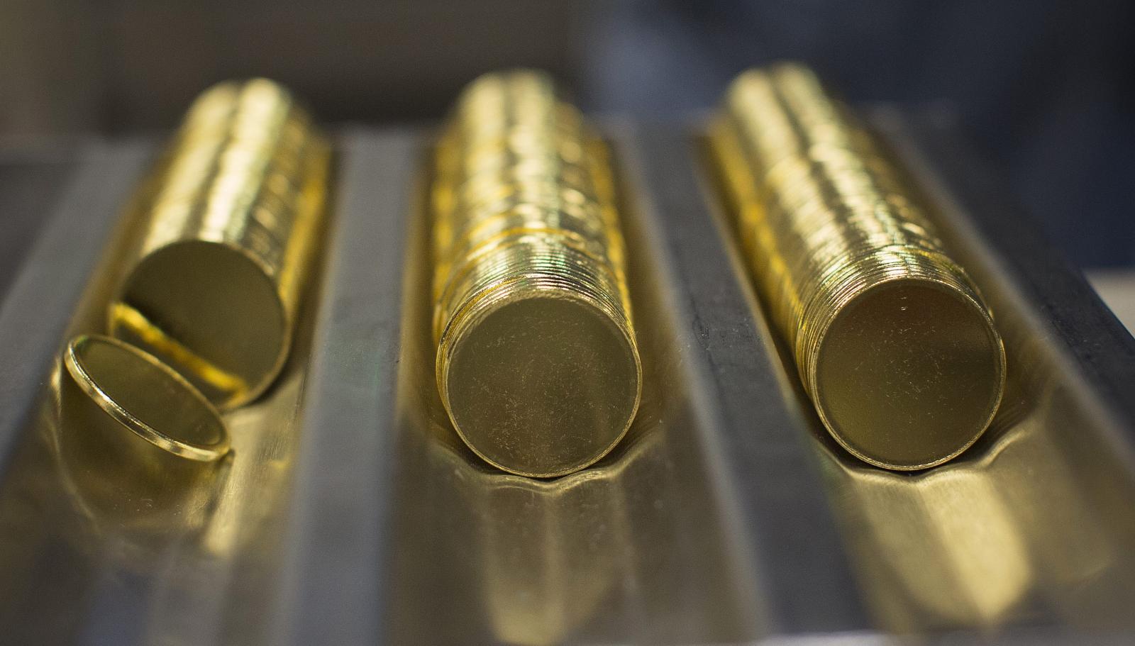 Gold-coins-e1561933265634