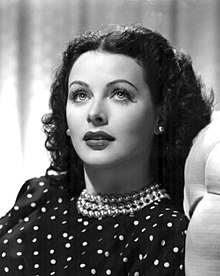 220px-Hedy_Lamarr_Publicity_Photo_for_The_Heavenly_Body_1944