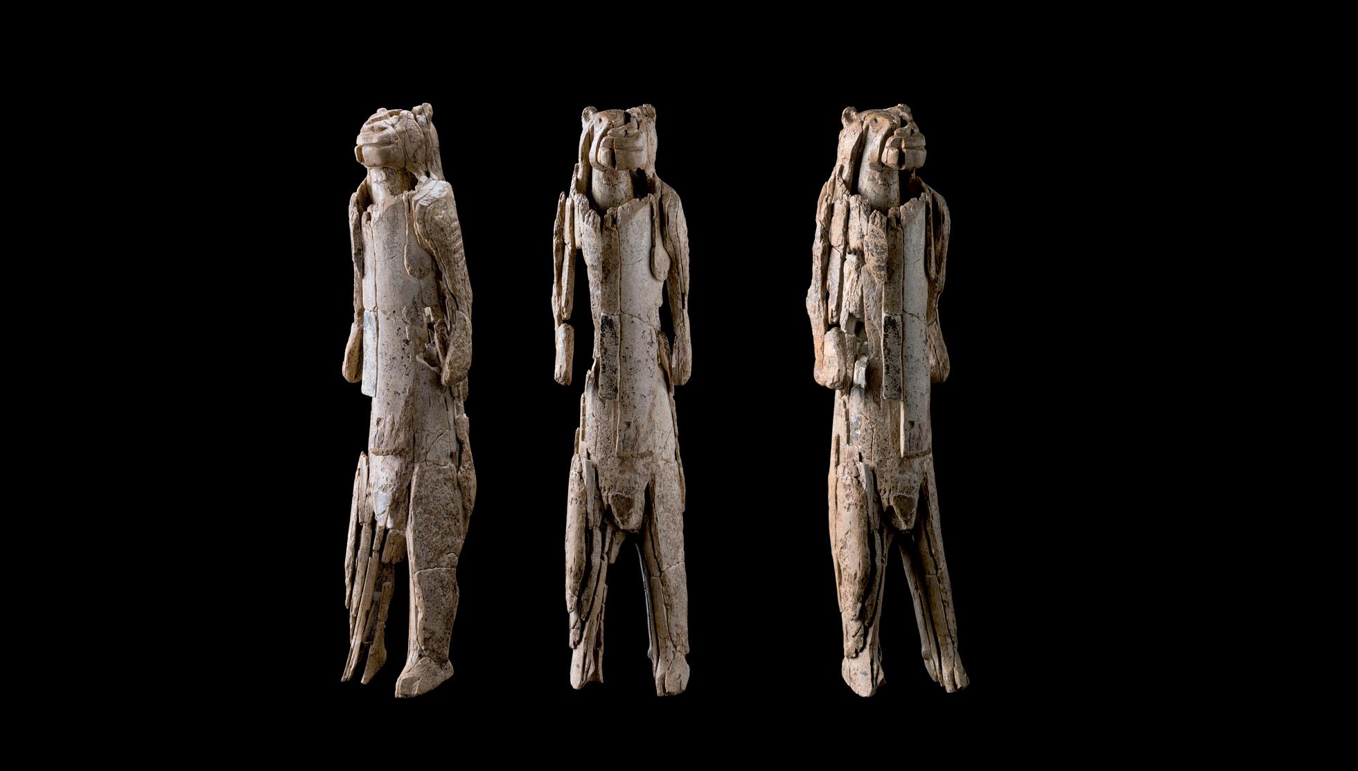Lion-man-angles-Vergleich-drei-Ganzkörper-Ansichten